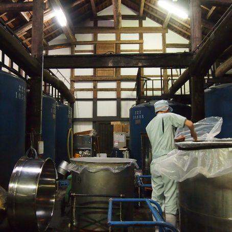 お酢の生産方法とは