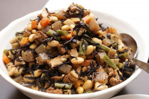 家庭料理に取り入れる!大豆の食品たち