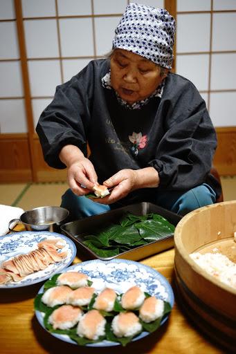 -柿の葉寿司(鳥取県)-