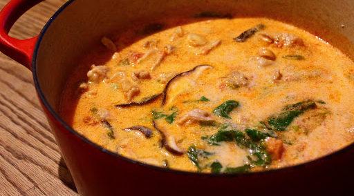 (自律神経に)豆乳トマト味噌鍋