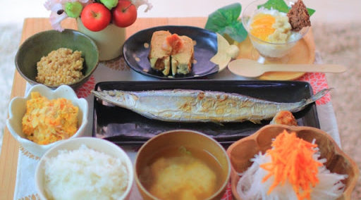 基本は、野菜たっぷりの和食