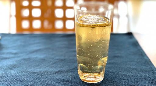 レモングラスの爽快ジンジャーエール