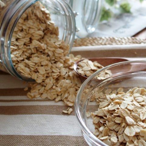 オートミールでダイエット|糖質やカロリーを比較・食べ方もご紹介