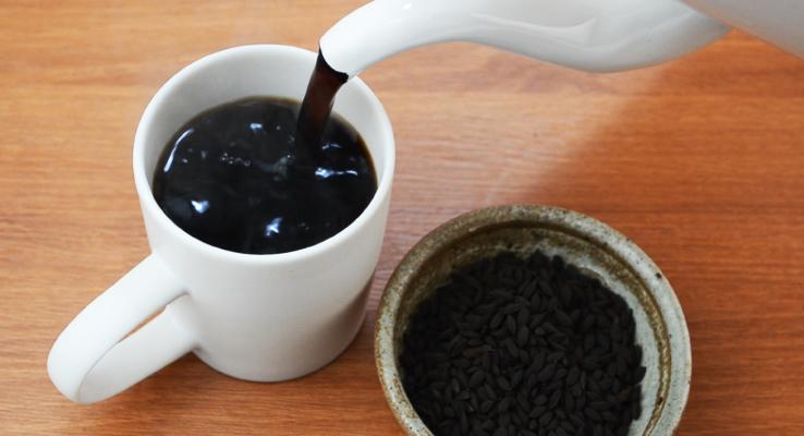 How To Brew Dark Roast Brown Rice Tea Step 4